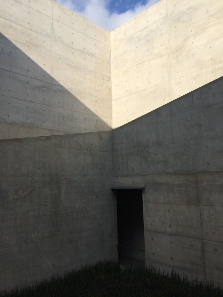 直島地中美術館